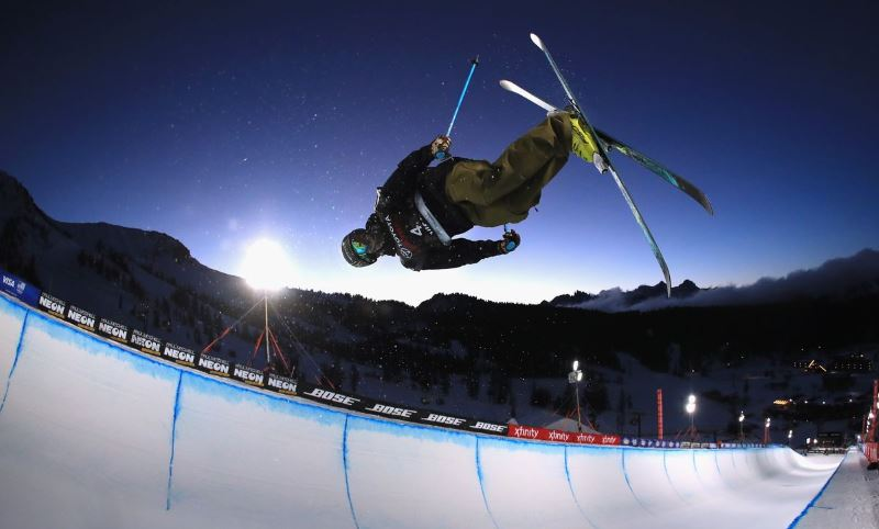 esqui freestyle halfpipe